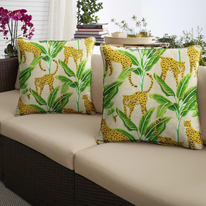 Yellow/Green Set of 2 Outdoor Pillows