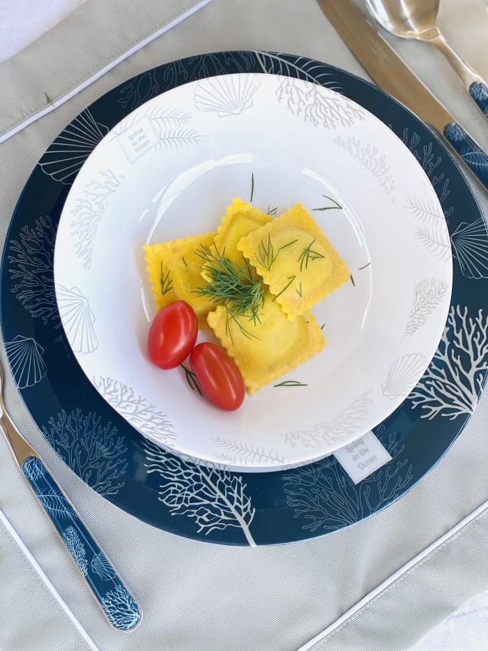 Living Non-Slip Set of 6 Dinner Plates