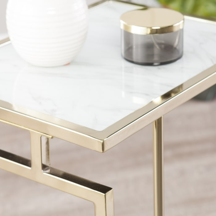 Dunwich Champagne C-Table