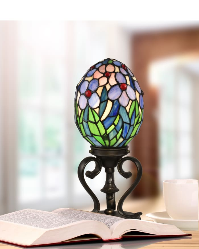 Rangel Egg Tiffany Accent table Lamp