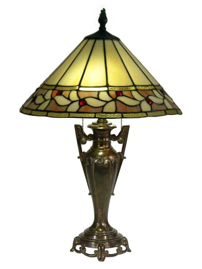 Barringer Tiffany Table Lamp