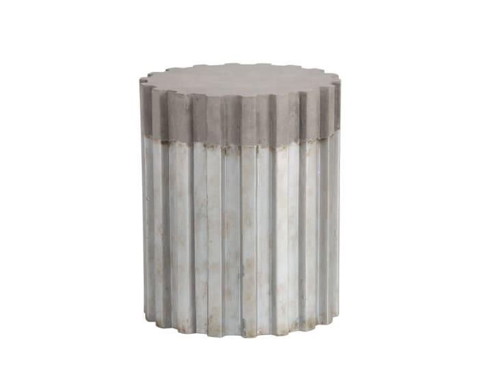 Pele Pedestal