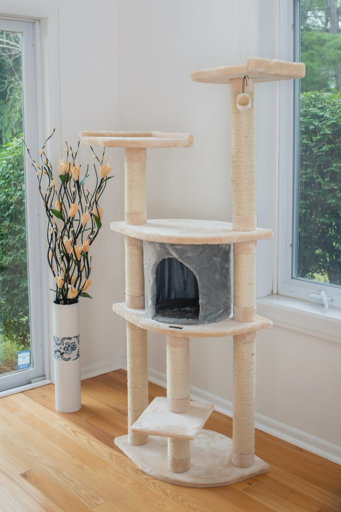 Blanched Almond Classic Cat Tree
