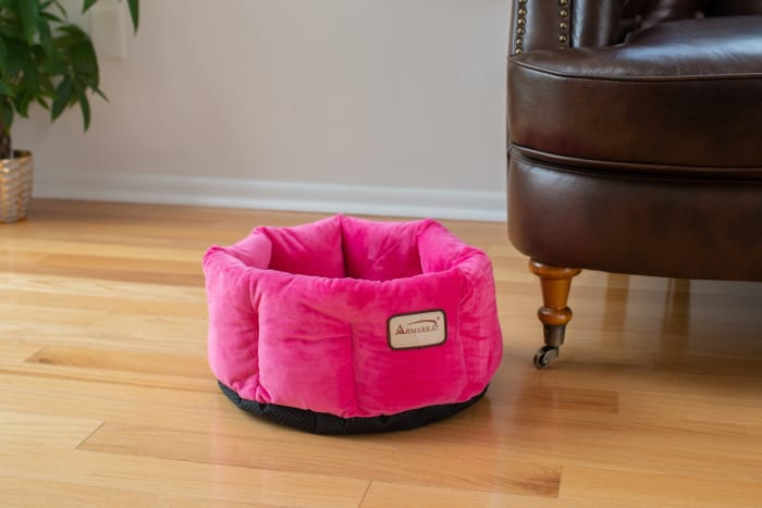 Pink Warm cuddle Cat Bed