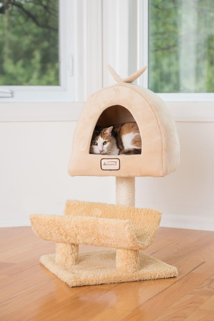 Cat Scratching Post With Plush Condo Cuddle Cat Condo