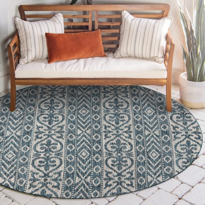 Entwined Geometric Outdoor Round Rug