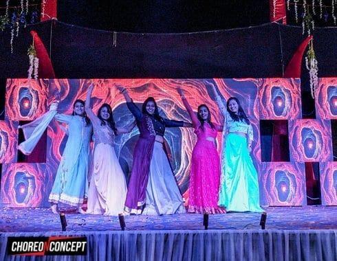 Girls Group Wedding Dance