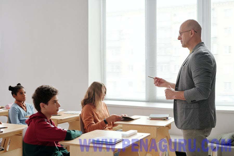 menciptakan suasana kelas yang menyenagkan