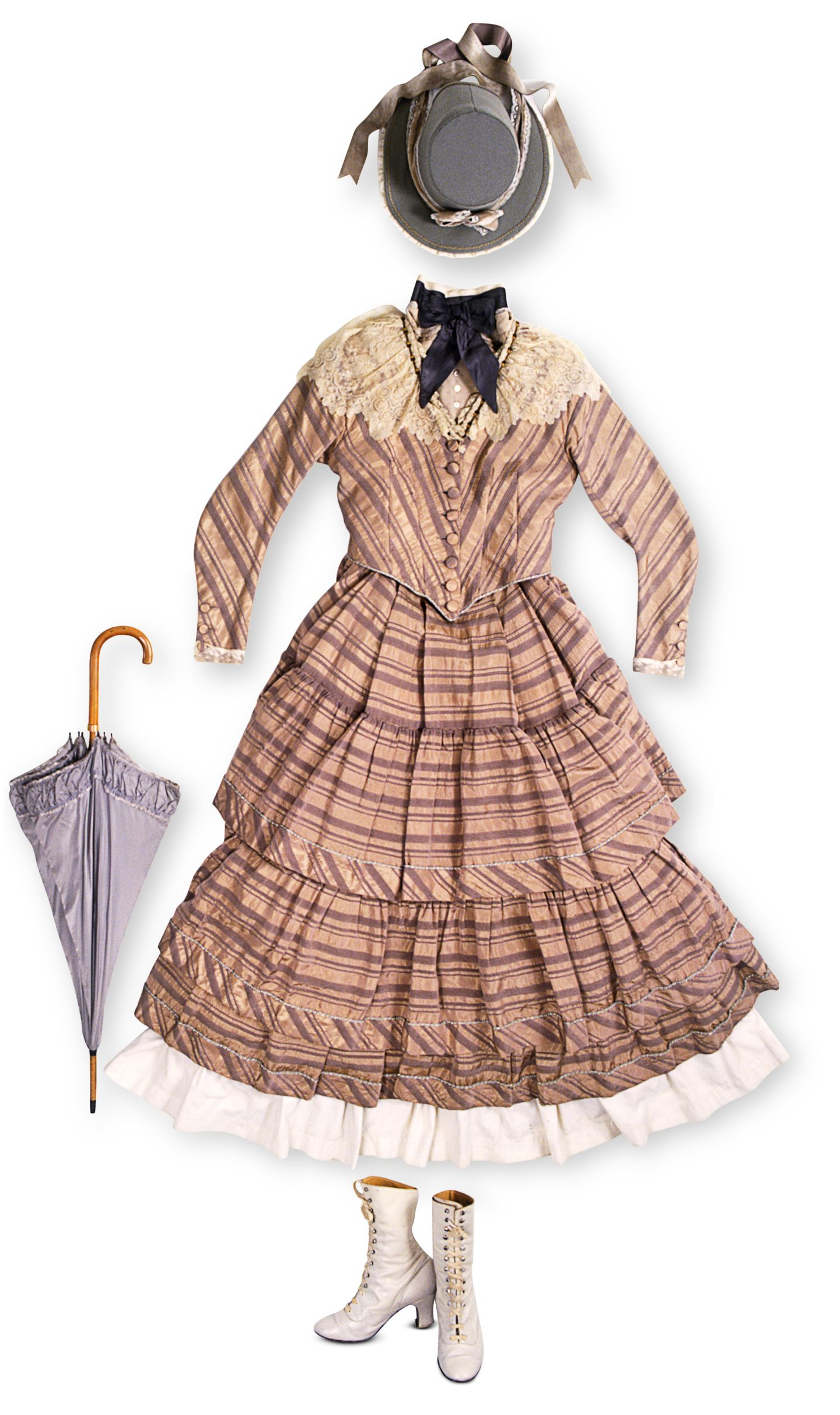 Victorian clothes what victorian women wore dk find out ma 00058536 pmhdzc solutioingenieria Gallery