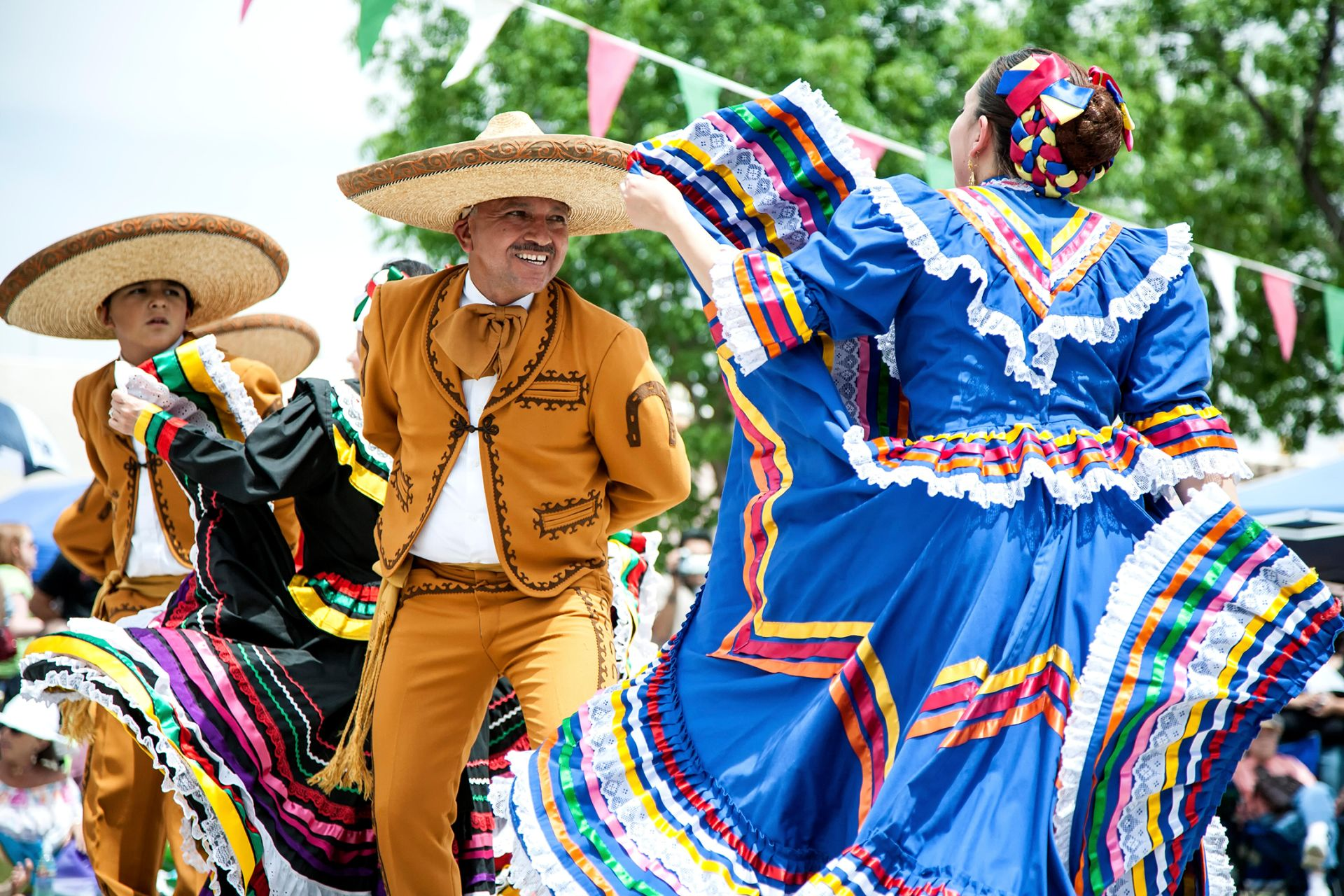 Uncategorized 5 De Mayo Facts cinco de mayo facts mexican holidays dk find out joyous dancing at this mayo