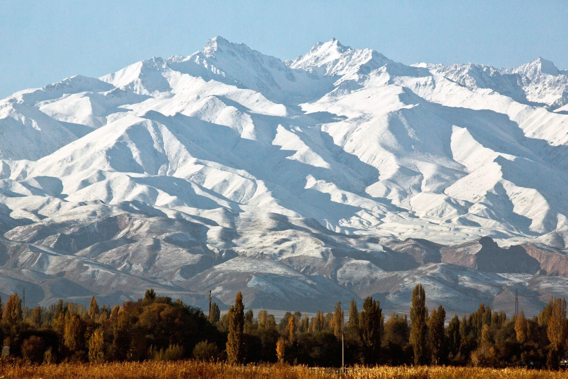 ผลการค้นหารูปภาพสำหรับ Tien Shan Mountains