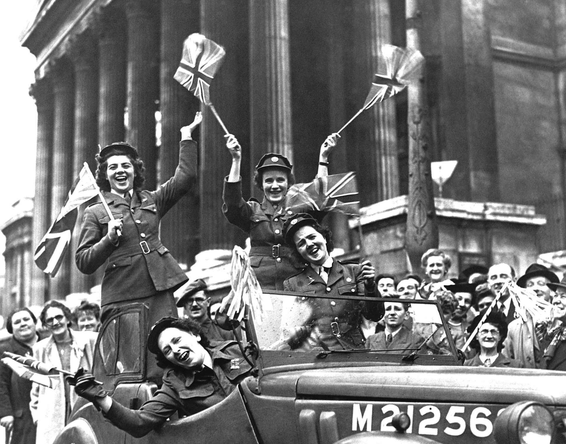 VE Day Facts   VE Day WWII   DK Find Out
