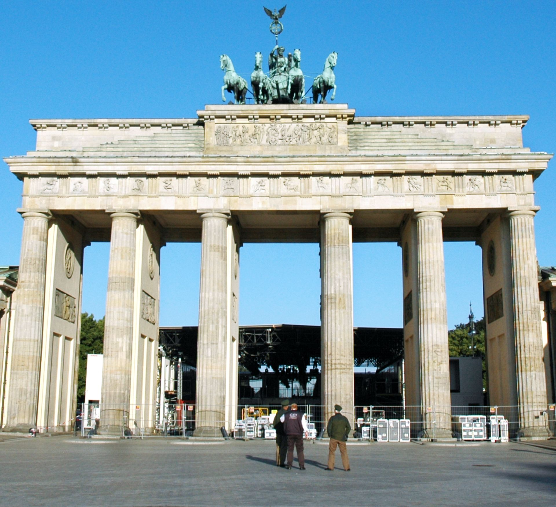 Brandenburg Gate Facts Quadriga Statue Dk Find Out