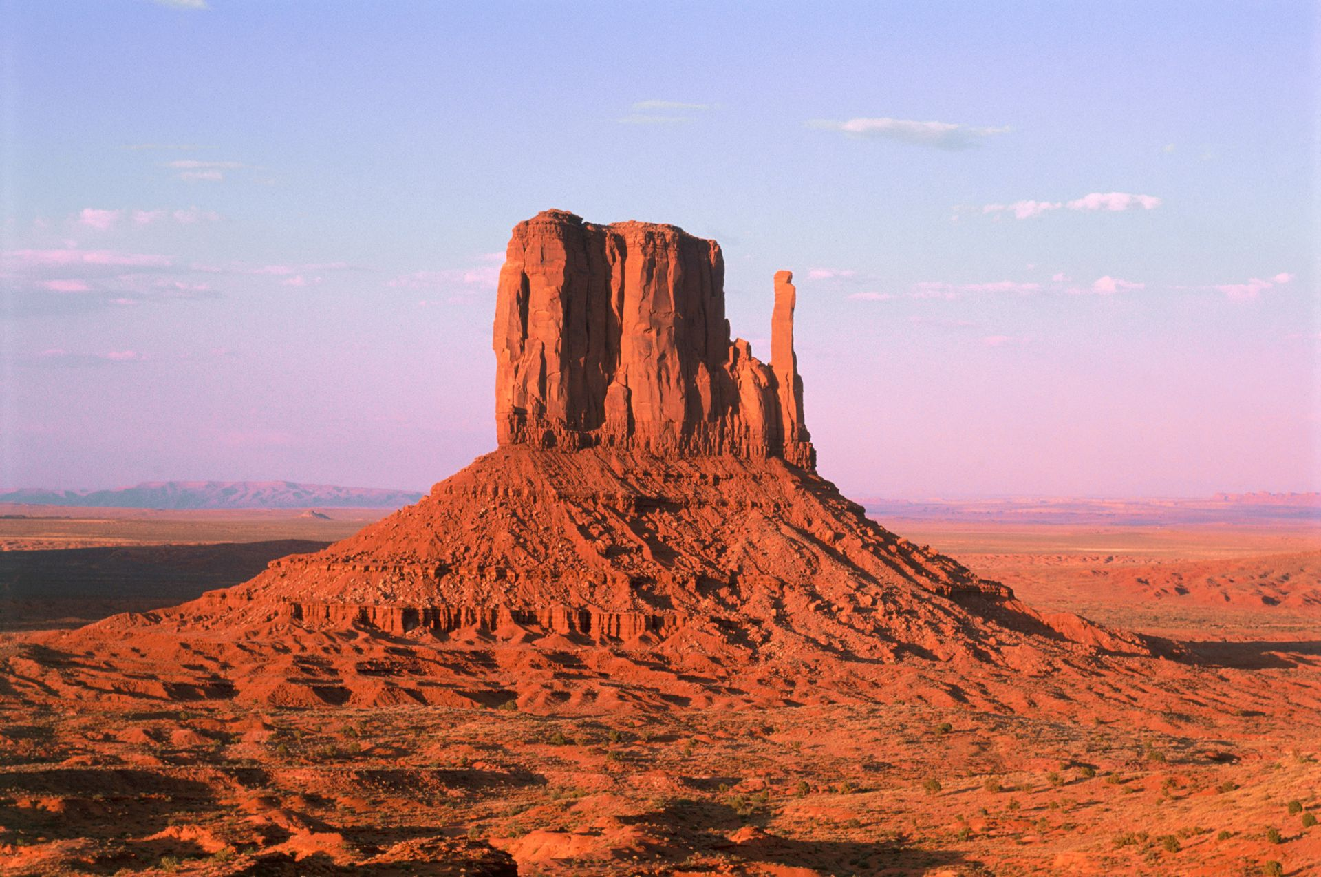 Desert Valley Auto >> Desert Landforms For Kids   Mesas And Buttes   DK Find Out