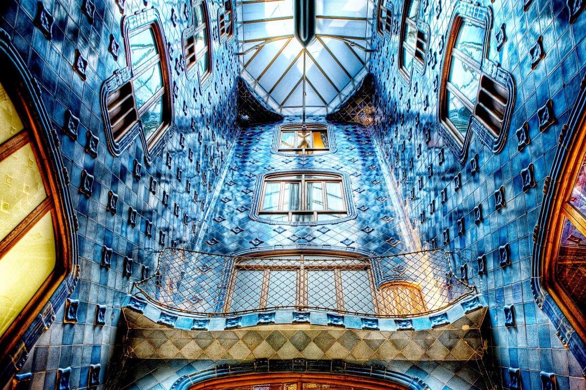 Top 10 barcelona architecture dk eyewitness travel for Escoles de disseny d interiors a barcelona