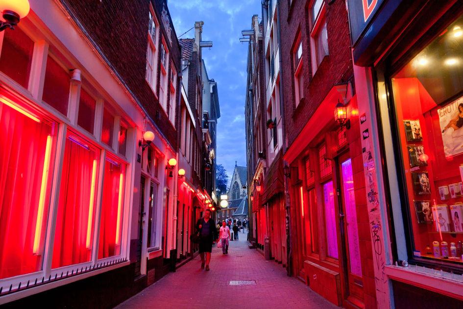 Red Light District Amsterdam Dk Eyewitness Travel
