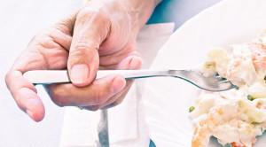 เลือกอาหารผู้สูงอายุอย่างไร เพื่อสุขภาพที่ดีของคนสูงวัย