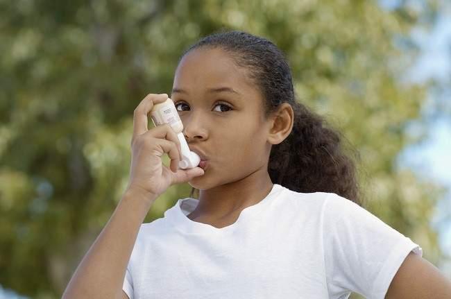 Menangani Asma pada Anak - Alodokter