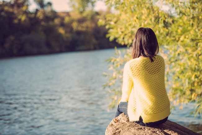 Bila Kamu Kesepian, Inilah yang Bisa Terjadi pada Kesehatanmu - Alodokter