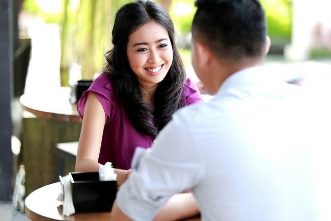 6 Hal yang Dapat Kamu Tanyakan kepada Pasangan agar Hubunganmu Langgeng - Alodokter