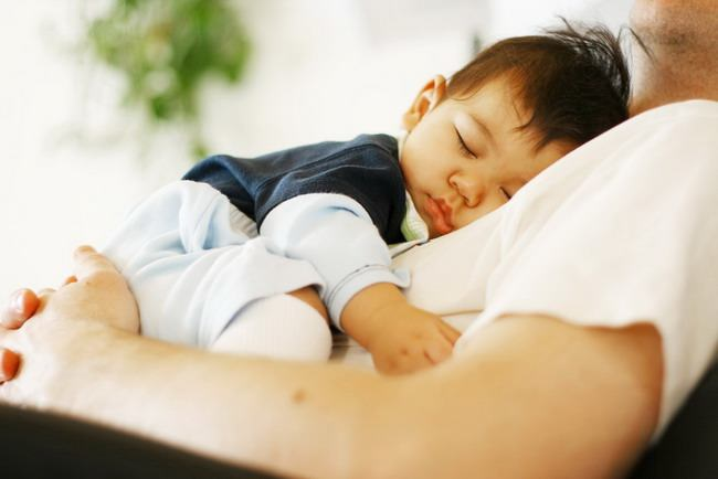 Agar Bayi Susah Tidur Tidak Susah Ditangani