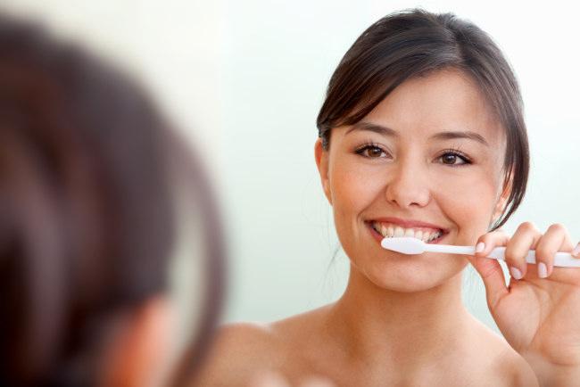gigi rusak mungkin beberapa kebiasan berikut pemicunya - alodokter