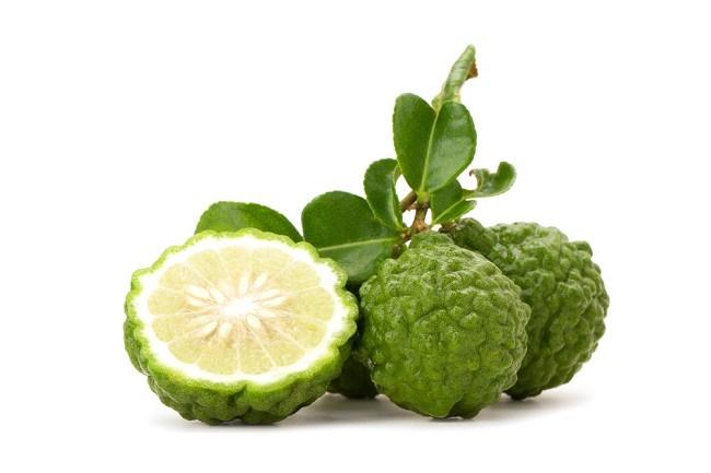 17 Manfaat Jeruk Nipis untuk Kesehatan, Diet dan Kecantikan!