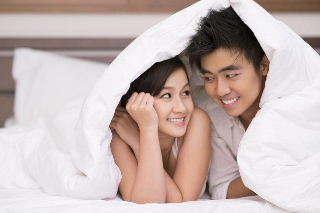 cara memuaskan pasangan agar rumah tangga lebih harmonis alodokter