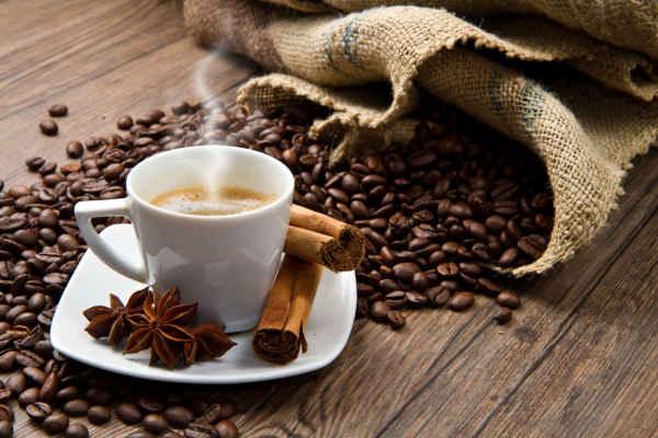 การดื่มกาแฟมีประโยนช์อย่างไร