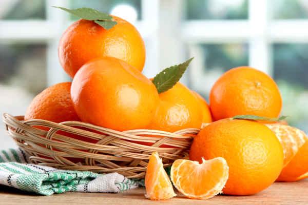 ส้มกับสรรพคุณทางยา แค่ความเชื่อหรือเรื่องจริง - พบแพทย์