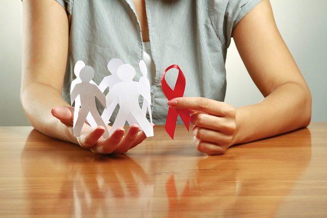 Gejala HIV pada Wanita yang Umum Ditemui - Alodokter