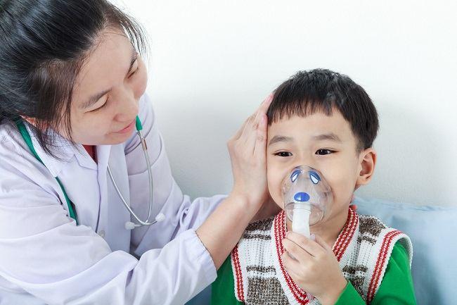 sesak nafas pada anak bisa jadi pertanda penyakit serius - alodokter