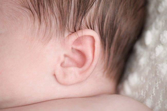 Jangan Abaikan Tes Pendengaran pada Bayi Baru Lahir - Alodokter