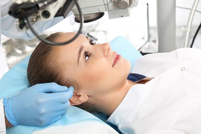 operasi LASIK untuk mata - alodokter