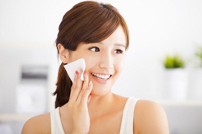 benefit of salt water for face skin_compress