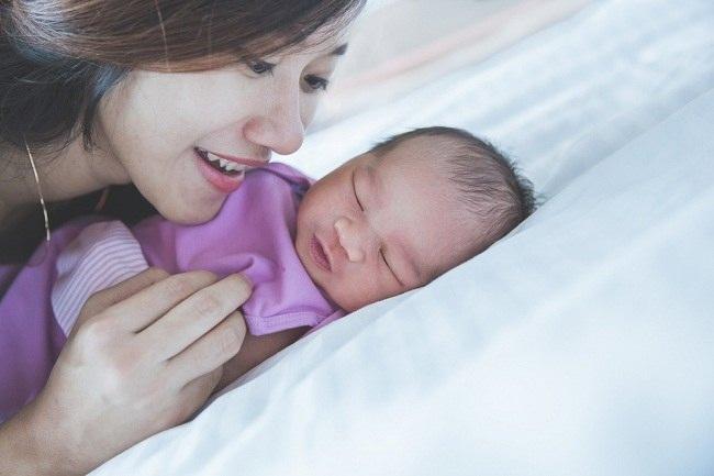 4 Hal yang Tidak Kamu Ketahui tentang Pola Tidur Bayi Baru Lahir