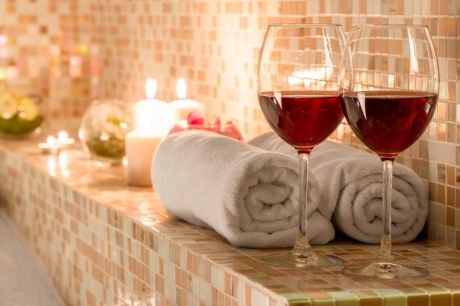 daya tarik seksual mandi bersama pasangan - alodokter
