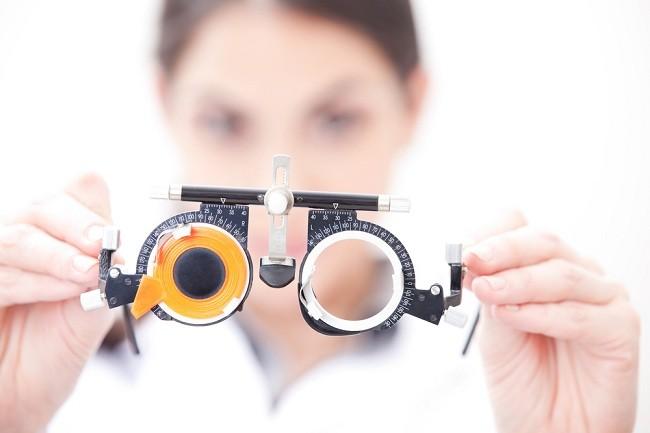 Ini Pentingnya Tes Mata Sejak Dini - alodokter