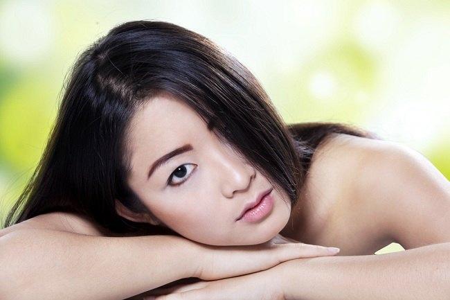 5 cara melebatkan rambut untuk mempercantik penampilan - alodokter