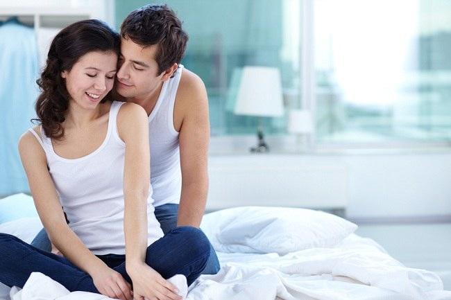 para suami kenali ragam cara merangsang wanita saat foreplay - alodokter