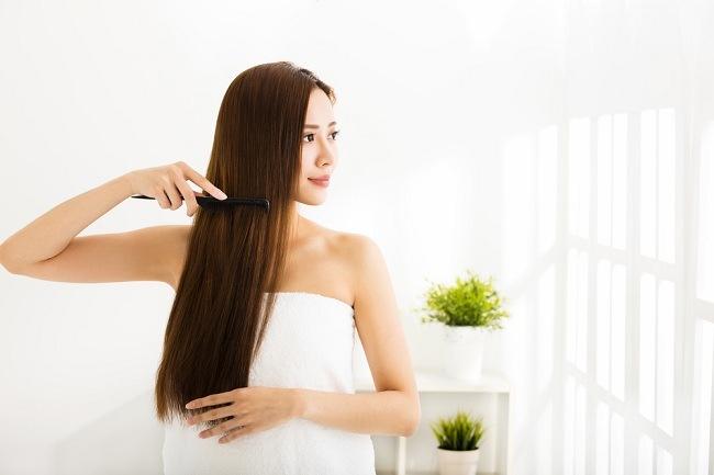 tampil cantik dengan resep perawatan rambut alami berikut ini - alodokter
