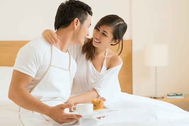 7 Langkah Foreplay yang akan disukai wanita - alodokter