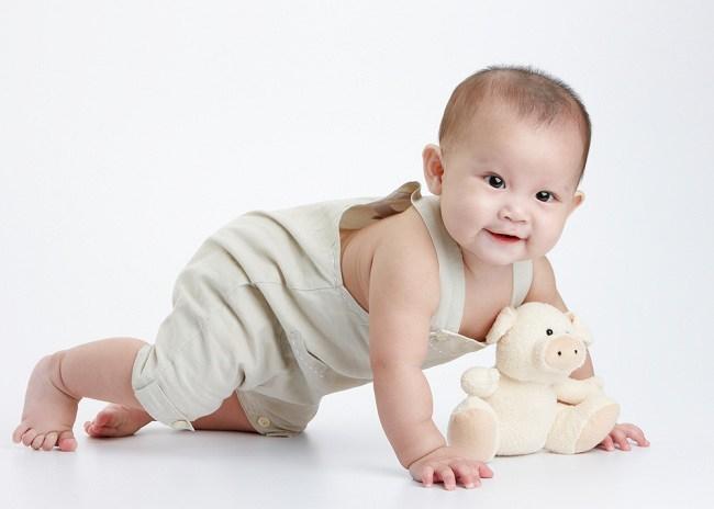 Seberapa Penting Merangkak pada Bayi - alodokter
