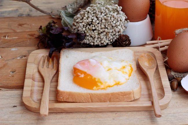telur setengah matang-alodokter