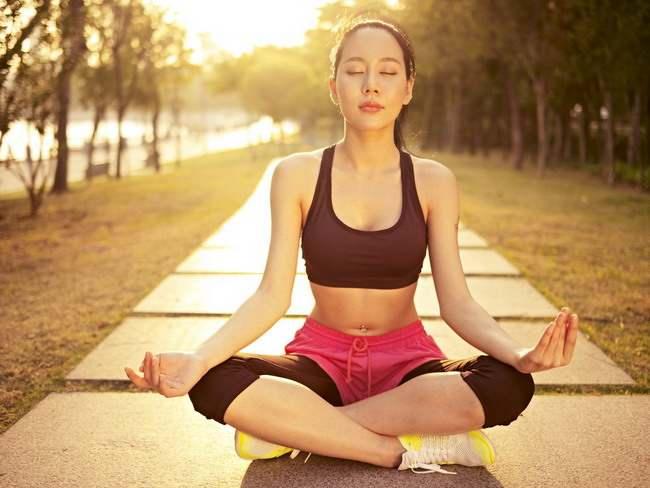 Meditasi untuk Mengatasi Stres dan Penyakit - Alodokter