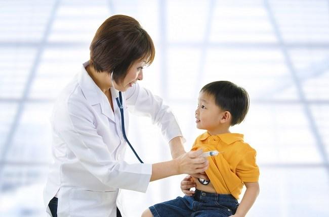 Mengatasi Muntah pada Anak dengan Bijaksana - Alodokter