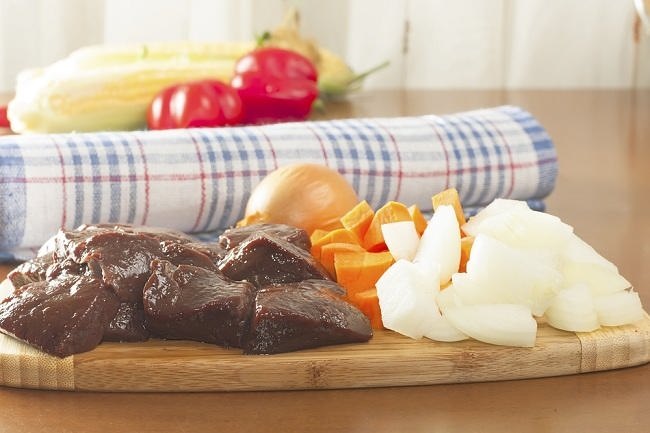 Makanan Ini Identik dengan Kolesterol Jahat - Alodokter