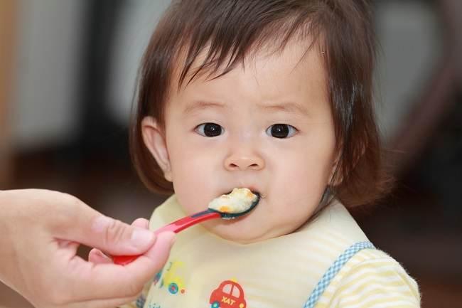 Bolehkah Si Kecil Mengonsumsi Makanan Pedas? - Alodokter