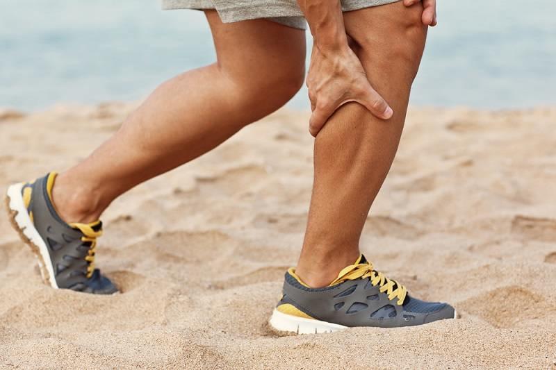Kaku pada sendi lutut