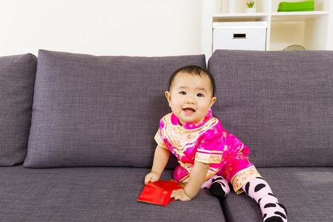 Bayi 5 Bulan Mulai Dapat Duduk Alodokter